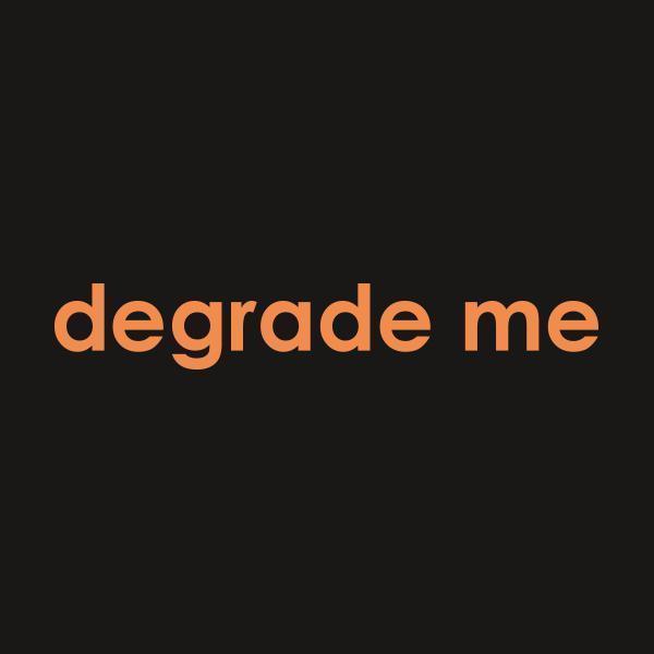 Degrademe CloseUp - Call Her Daddy Merch